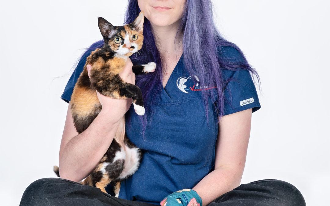 Dr Ashlee Flesser